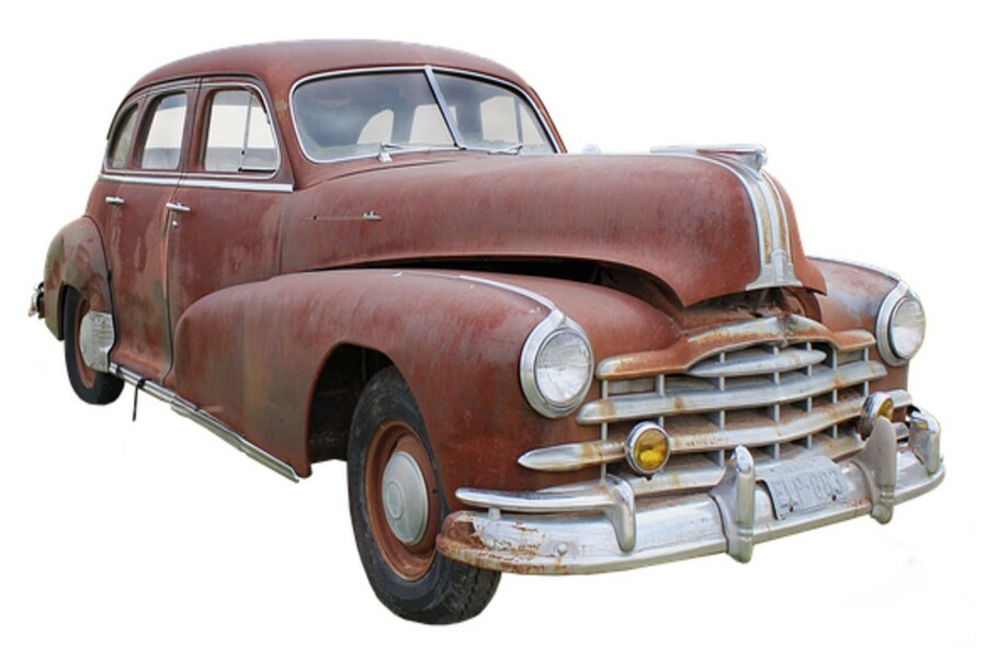 10年落ちの古い車・10万Kmの過走行車は売れない?その真相は